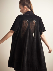 Diana_Wings_Black_back_1